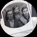 Hilma Eriksson Kalla med sina döttrar